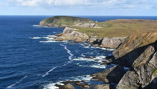 Easy 5 Day Walking Hiking Vacation on the Dingle Way in Ireland